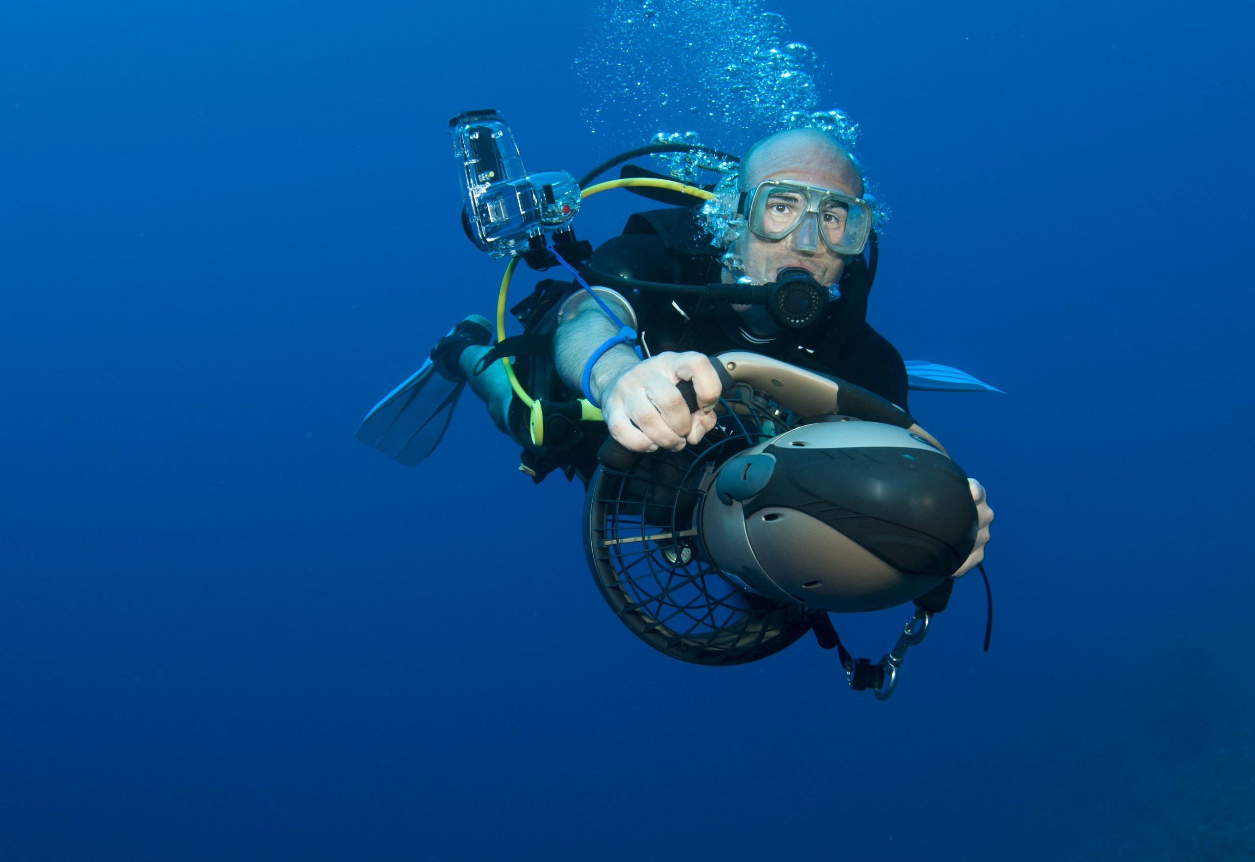 underwater diver scooter propulsion scuba vehicle scooters vehicles sea diving equipment deep reef advice getting creative electric deeperblue plays thruster